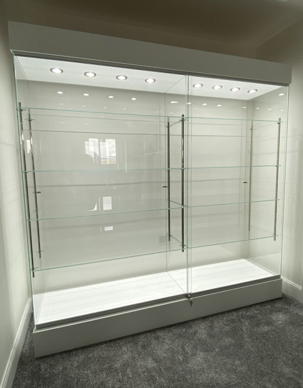 low iron glass display cabinet